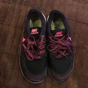 Girls Nike Shoes size 6